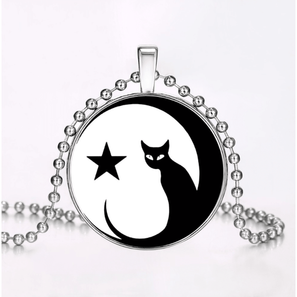 Glow in the Dark Star and Cat pendant Necklace - Sweety Cats Boutique - 2