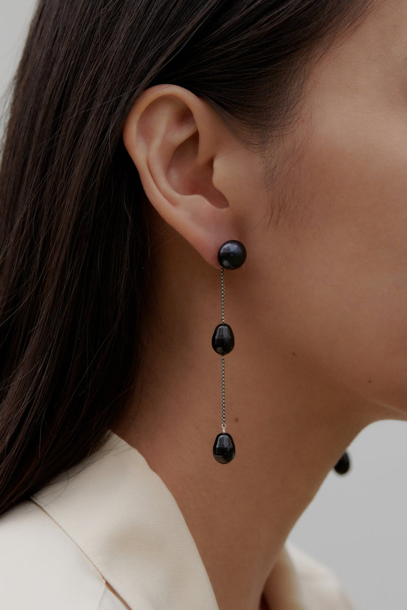 Sophie Buhai Small Black Pearl Drop Earrings @ Hero Shop