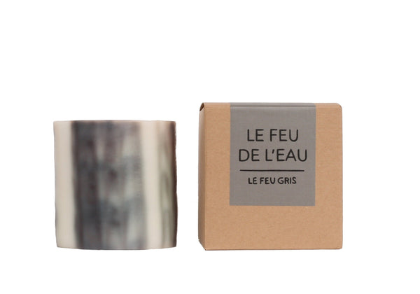 Le Feu de L'Eau Grey Musk and Smoke Artisanal Candle