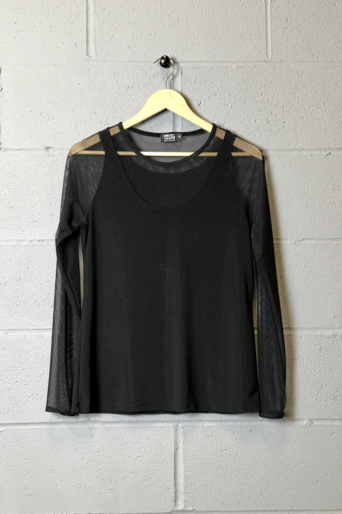 Raven Top in Black