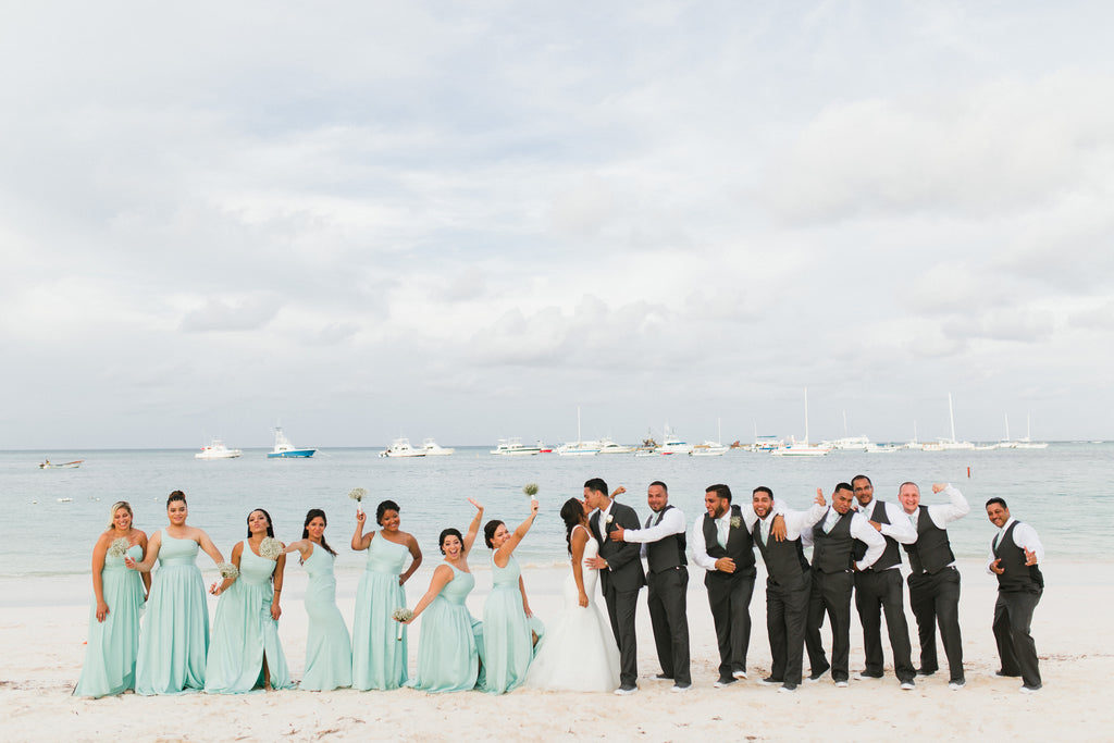beach wedding bridal squad photo ideas