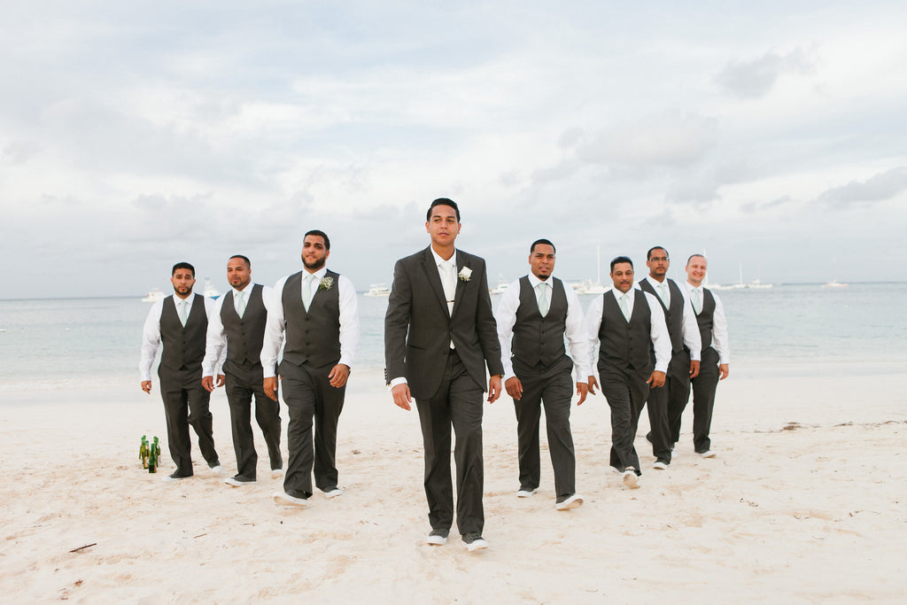 groom_outfit_for_beach_wedding