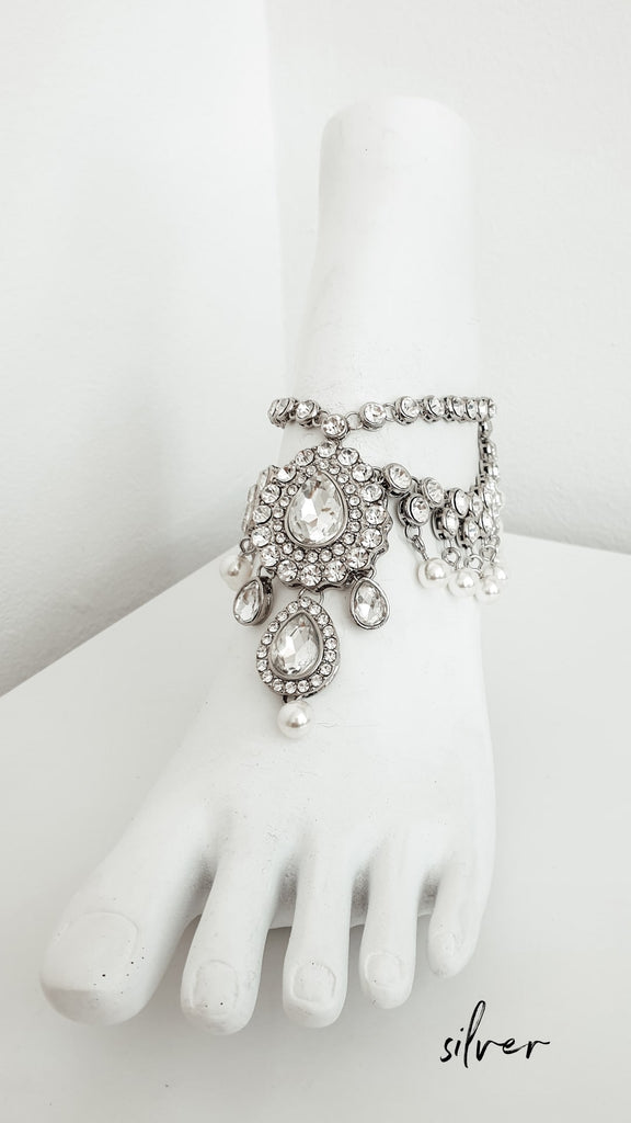 Pearl_anklet_for_bohemian_wedding