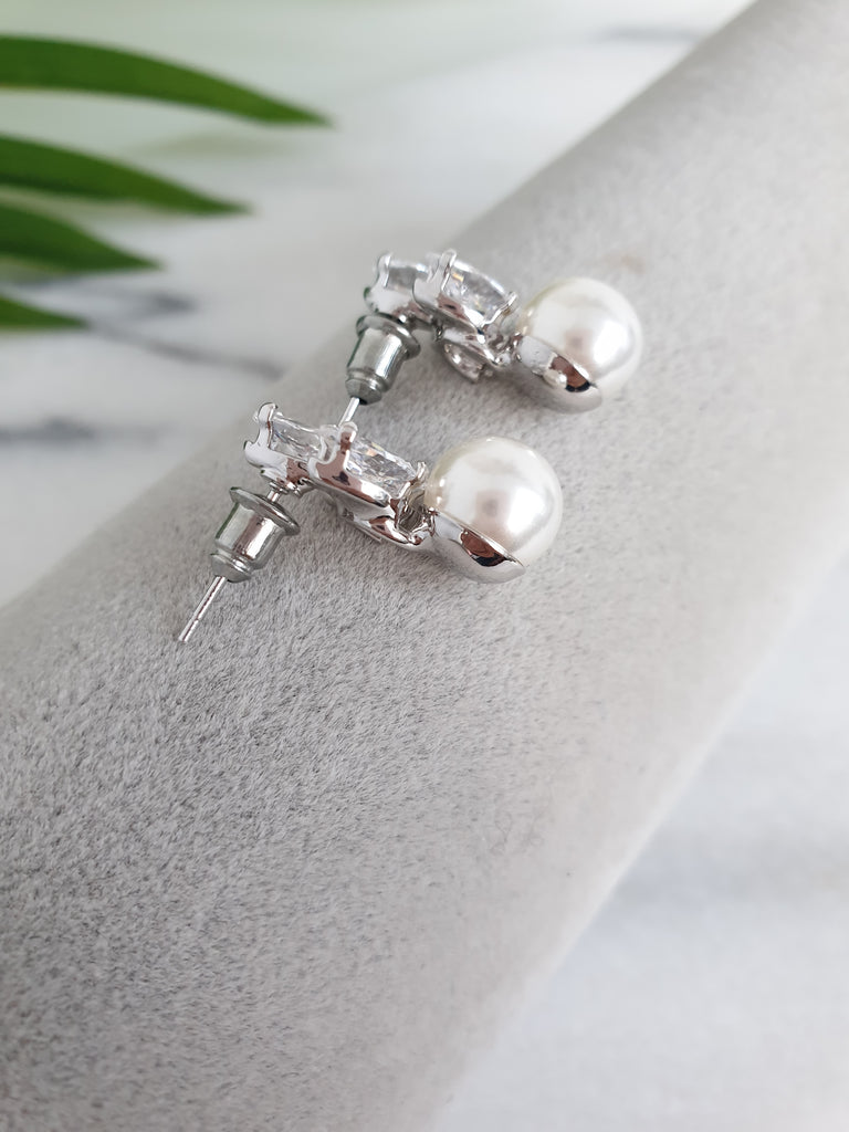 Bridal Pearl Earrings,Swarovski Bridal Pearl Earrings,Bridal Cluster Earrings,Bridesmaids Earrings,Crystal Bridal Earrings,Crystal Studs