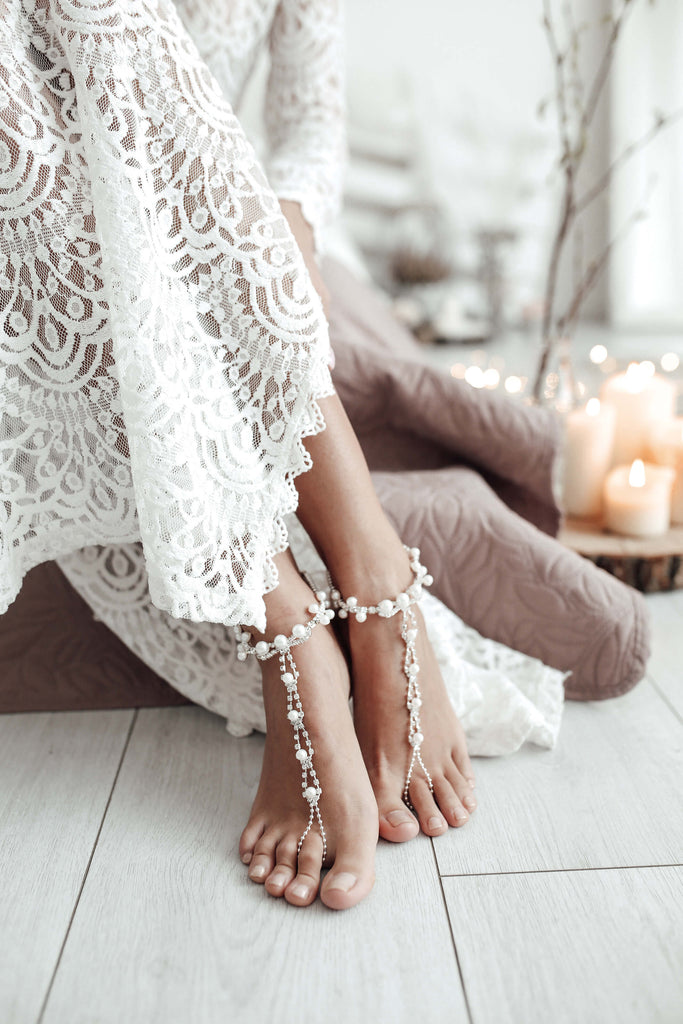 barefoot_sandas_for_wedding_with_pearls