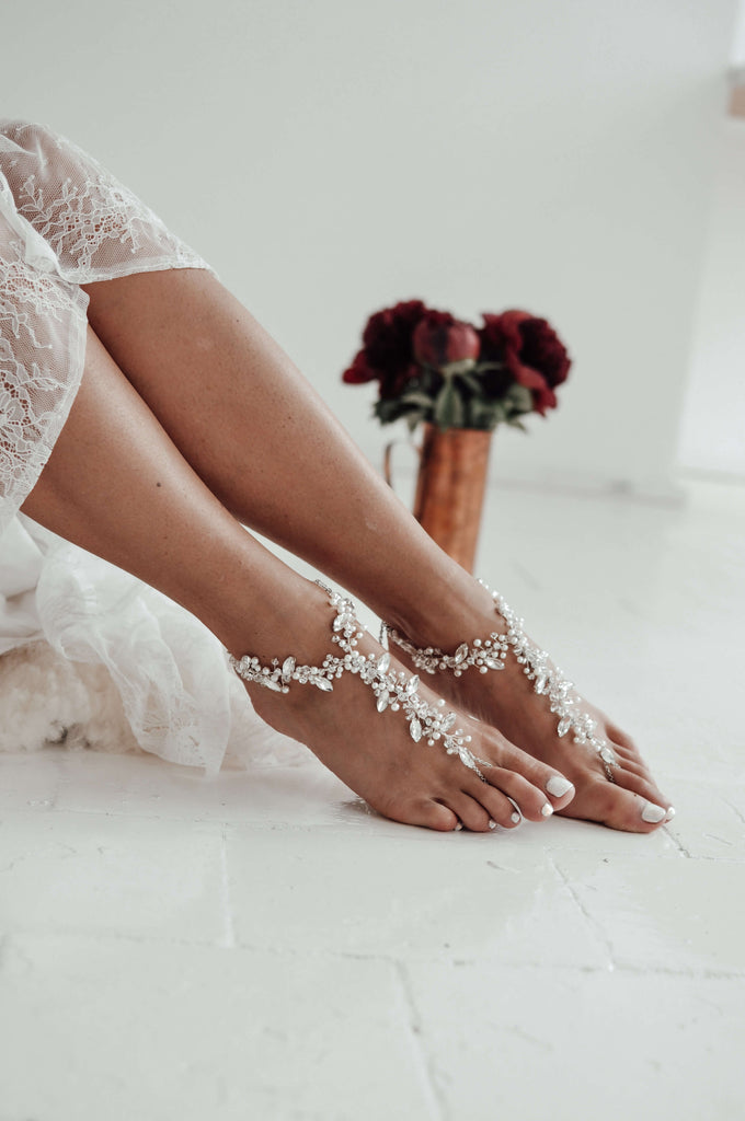 bridal_beach_foot_jewelry_with_pearls