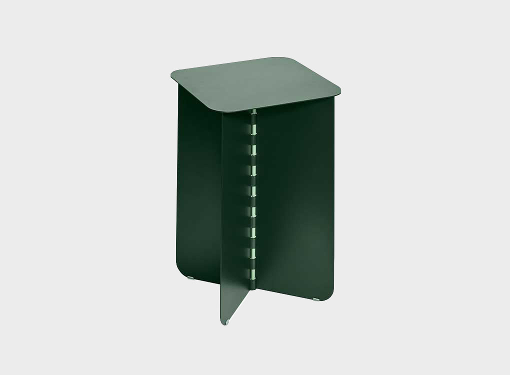 Hinge Table by Lex Pott in collaboration with Puik. Steel side table 30 x 30 x 35 cm.