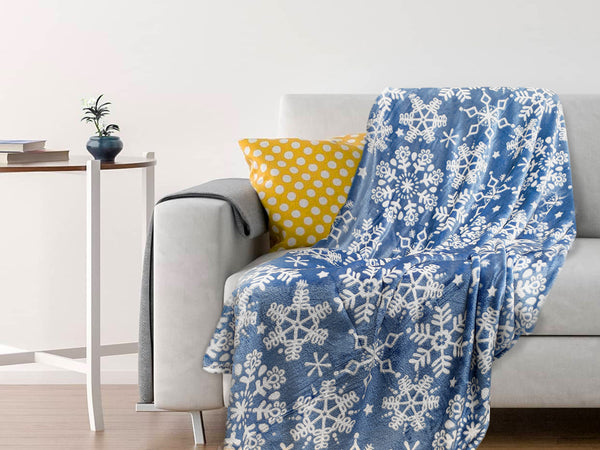 Lively Throw - Blue Snowflakes