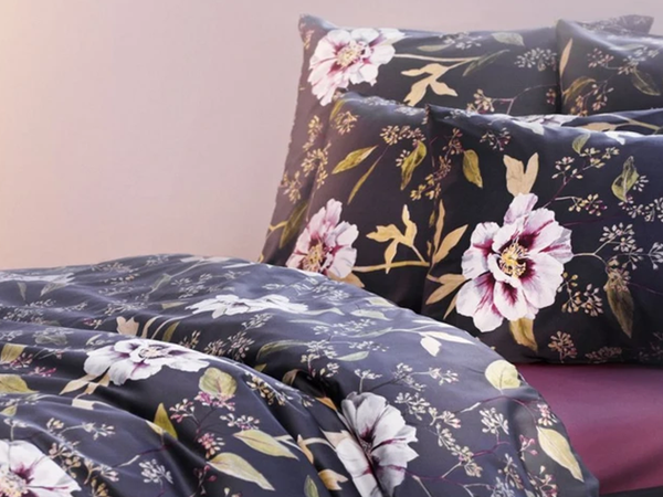 Satin Noblesse - Alena Queen Duvet Cover Set