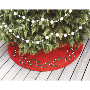 Craftspring handmade felt tree skirt red with green holly leaves and white berries circling the border