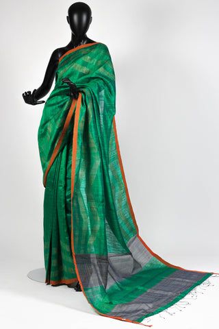 Green byloom saree
