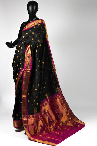 Black paithani saree