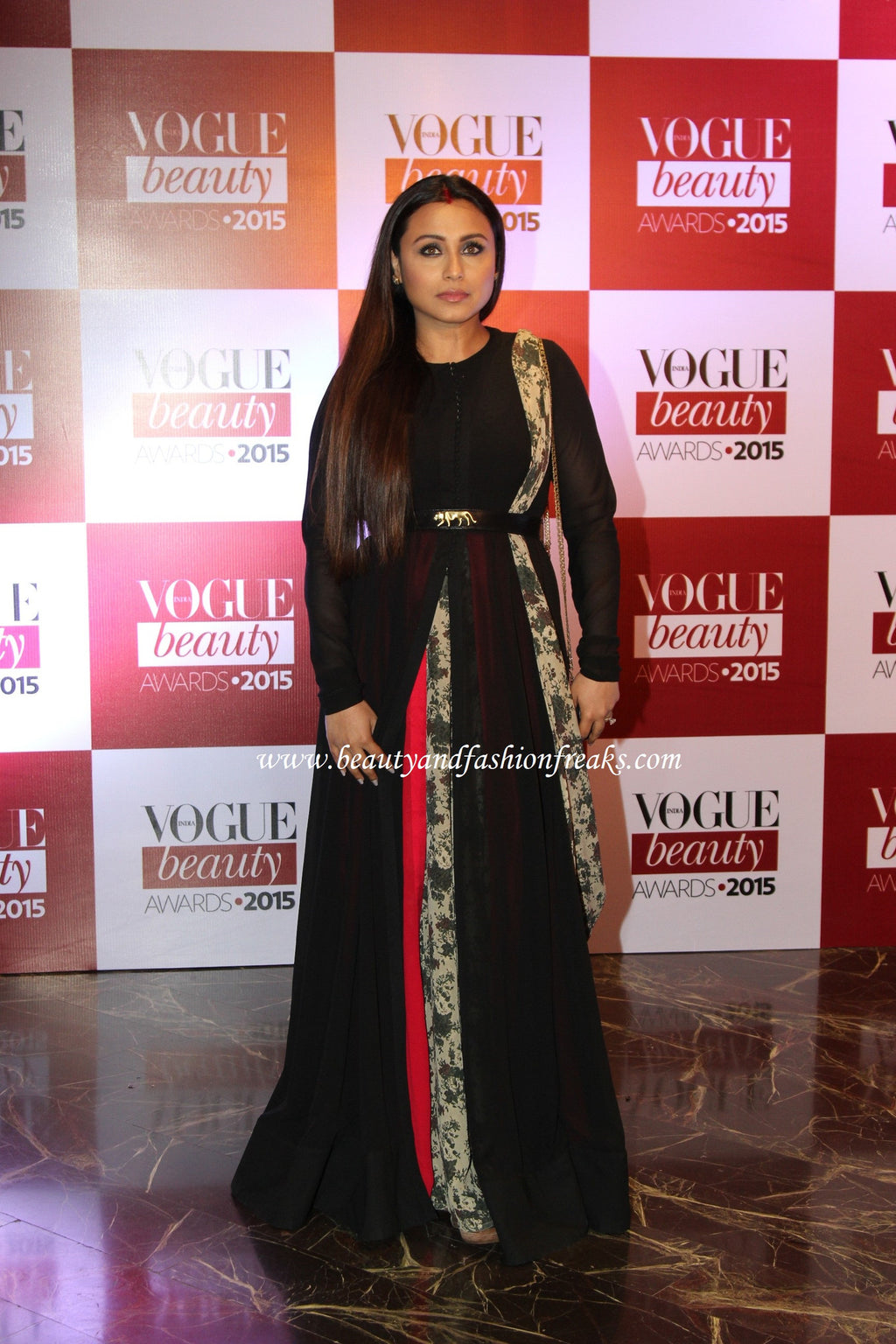 Rani Mukerjee Couture Outfit