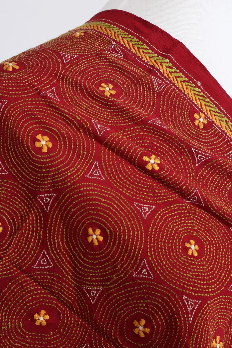 Hand embroidered Kantha scarf