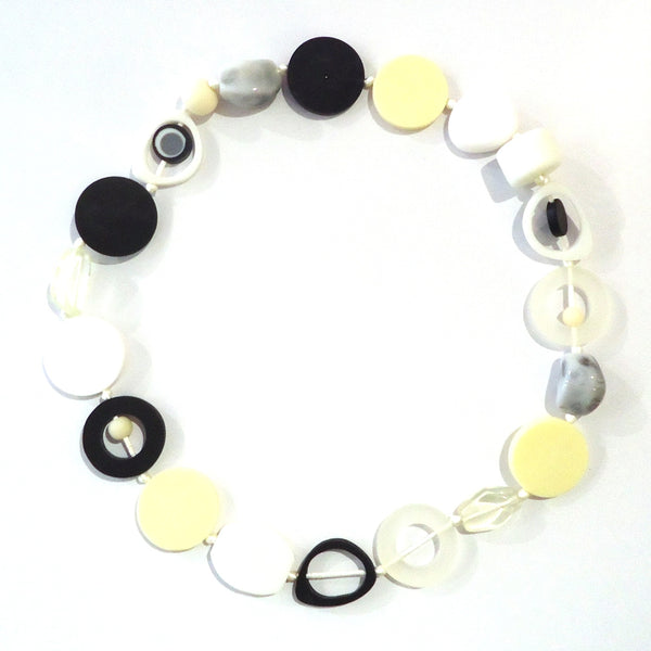Resin Necklace - Black/White