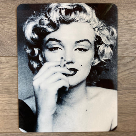 Marilyn Monroe Cigarette