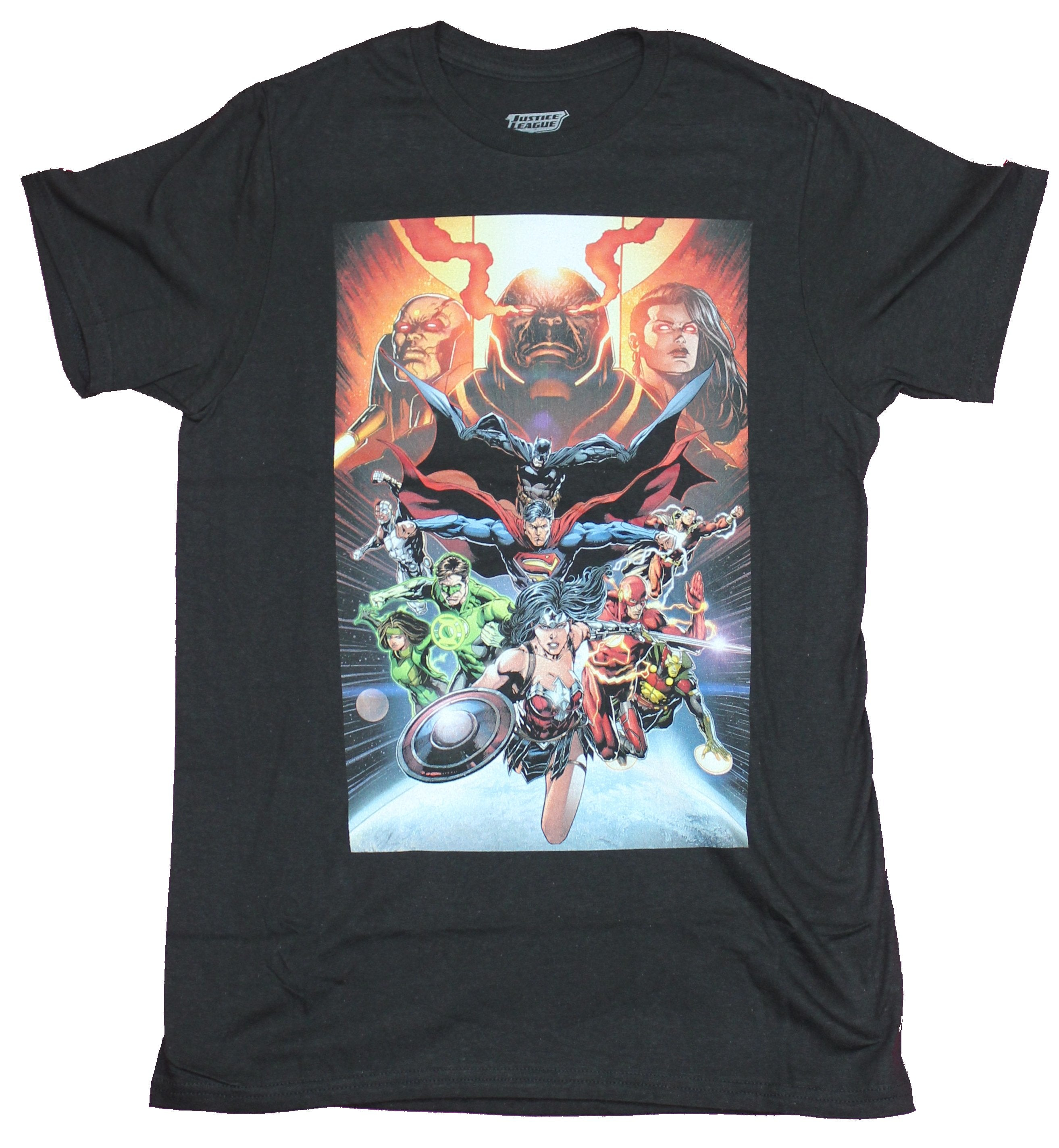 Justice League Mens  T-Shirt - Full Team Under The Eyes of Darkseid