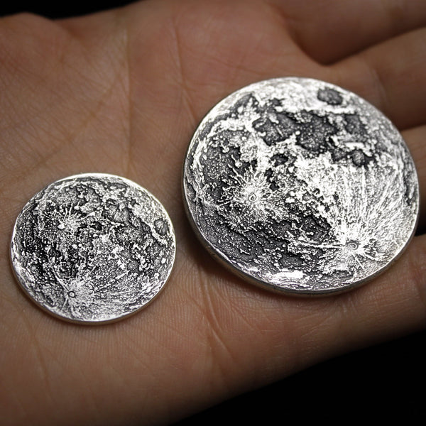 Full Moon Coin in 1/4 oz and 1 troy oz 999 fine Silver by Shire Post Mint