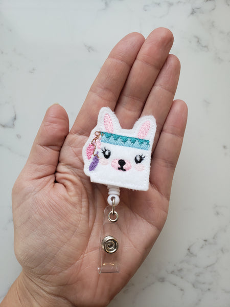 Cute Llama Badge Holders - LLama Badge Reels - Retractable ID Badge Clips for Teacher - Teacher Gifts Under 10 - Nurse Badge Reel