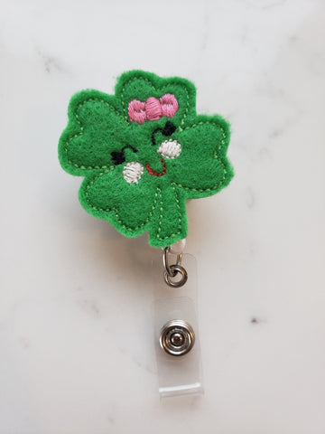 Green Shamrock Badge Holders - Shamrock Badge Reels - Retractable ID Badge Clips for Teacher - Teacher Gifts Under 10 - Nurse Badge Reel