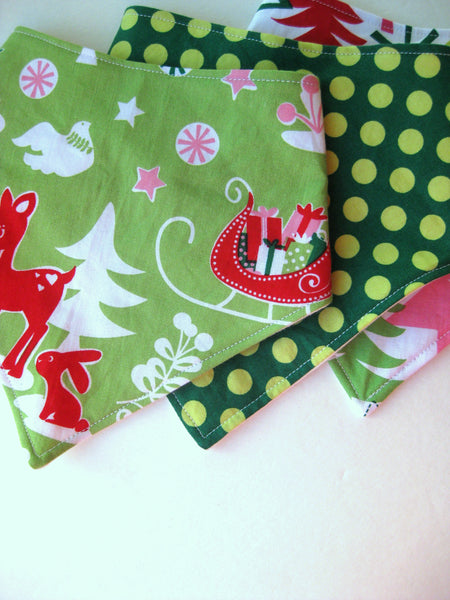 Christmas Baby Drool Bib - Best Baby Gift for Christmas - Baby Bandana Bib - Organic Baby Bib - Boy Drool Bib - Girl Drool Bib - Drool Bandana Bib