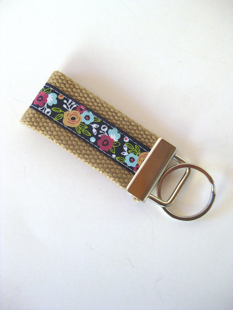 Womens Floral Key Chain- Mini KEY FOB- Quatrefoil Gold Keychain Holder- Womens Key Ring