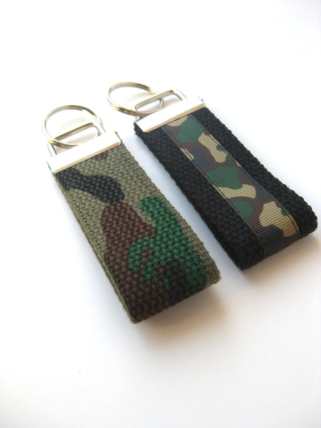 Fathers Day Gift - Camo KEY FOB - Mens Gift for Him Under 10 - Camo Keychain for Men - Boyfriend Gift