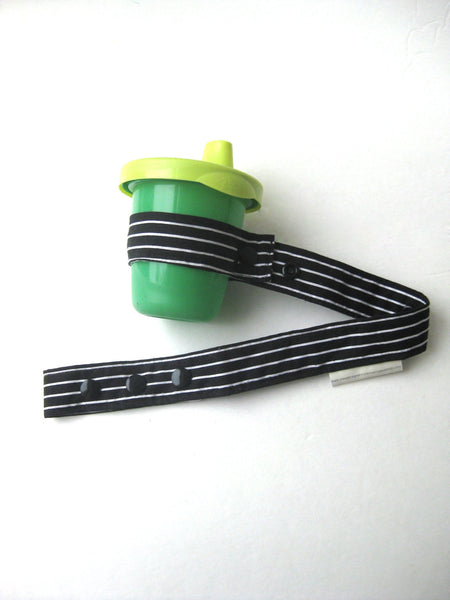 Black and White Stripe TOY LEASH- Baby Bottle Leash- Baby Toy TETHER- Unique Baby Gift Idea