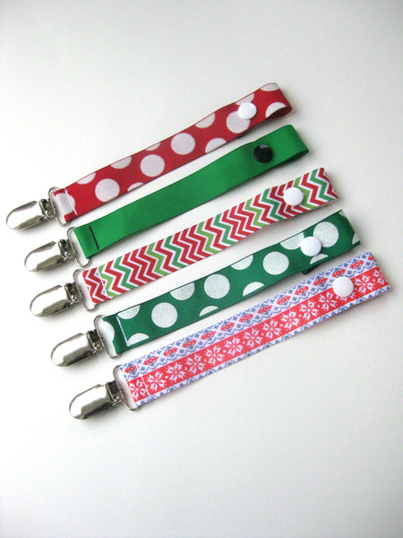 Christmas PACIFIER CLIP- Dummy Clip- Universal Pacifier Holder- Green Red Soother Clip- Baby Paci Clip- Soothie String- Baby Shower Gift