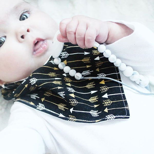 New Baby Gift- Arrows Baby Drool Bib- Baby Bandana Bib- Organic Baby Bib- Drool Bandana Bib
