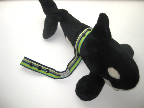 Whales Toy Strap- Sophie Leash- TOY LEASH- Toy TETHER- Sippy Cup Saver- Stroller Strap- Nautical Baby Gift Under 10