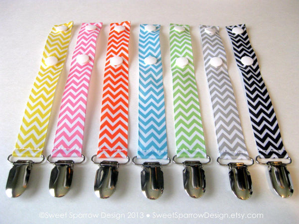 Set of 5 Chevron Pacifier Clips - Universal PACIFIER CLIP - Chevron Soother Clip - Trendy Baby Shower Gift