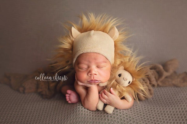 Lion lovie and/or hat