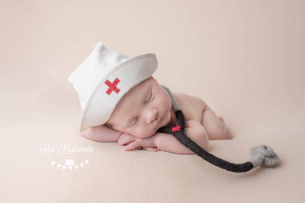 Lil' Nurse PREORDER, Skirt and hat - No. 2 Willow Lane