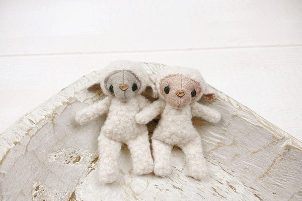 *ALL NEW* Lamb lovie SALE, Lovie - No. 2 Willow Lane
