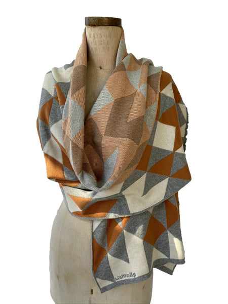 Fractal Wrap in Light Grey, Cream and Rum