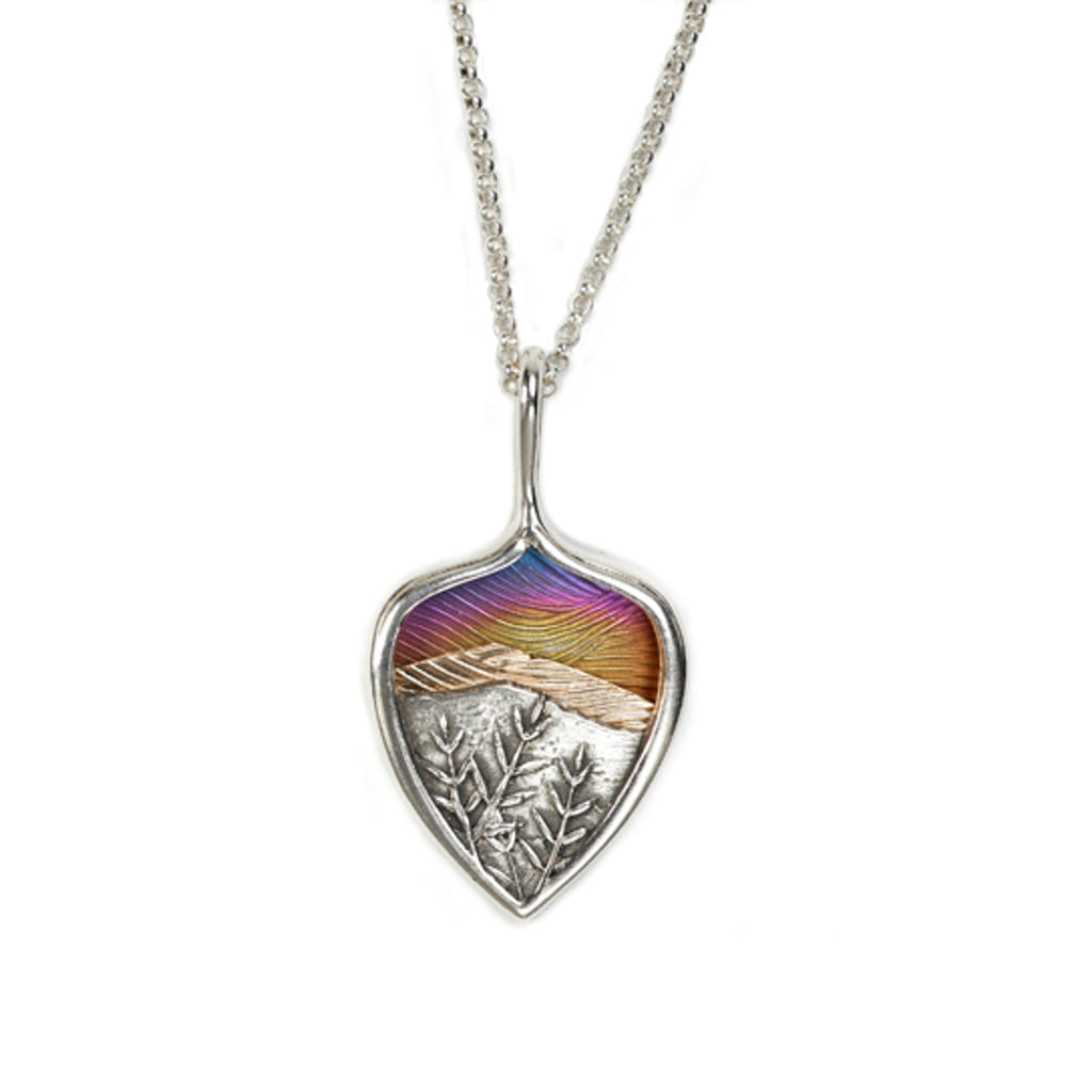 Sunset Sky Pendant by Tom Rearden and Kathleen Doyle