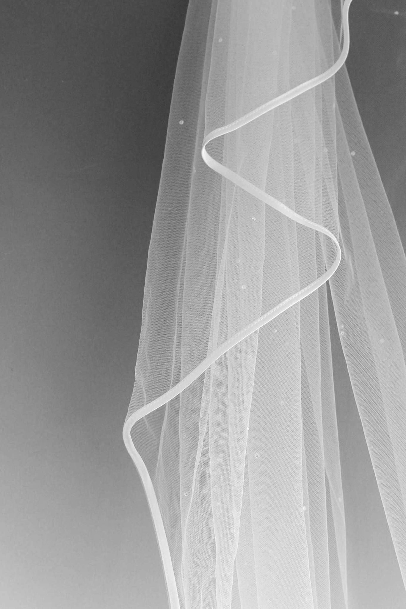 "RHONA - RIBBON EDGE SCATTER VEIL - 72"" - Adore Bridal and Occasion Wear"