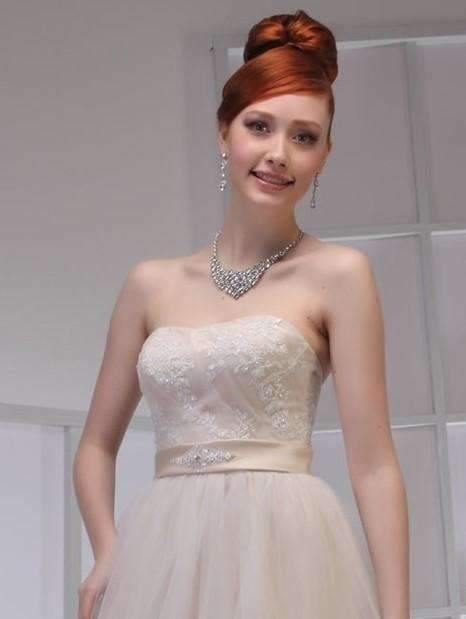 UK20 - IVORY SHONA - SALE - Adore Bridal and Occasion Wear