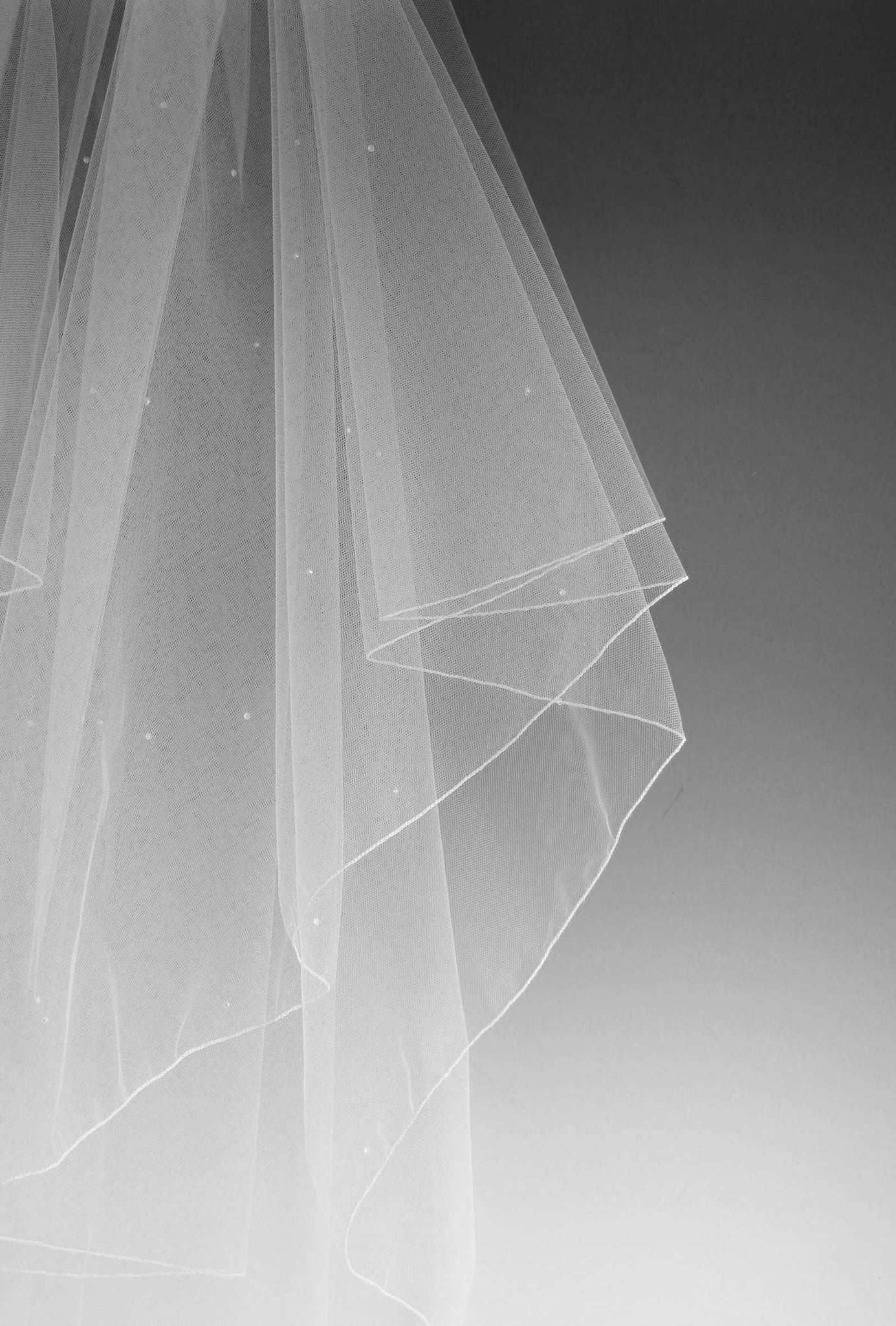 "SULA - SIMPLE SCATTER CRYSTAL VEIL - 72"" - Adore Bridal and Occasion Wear"