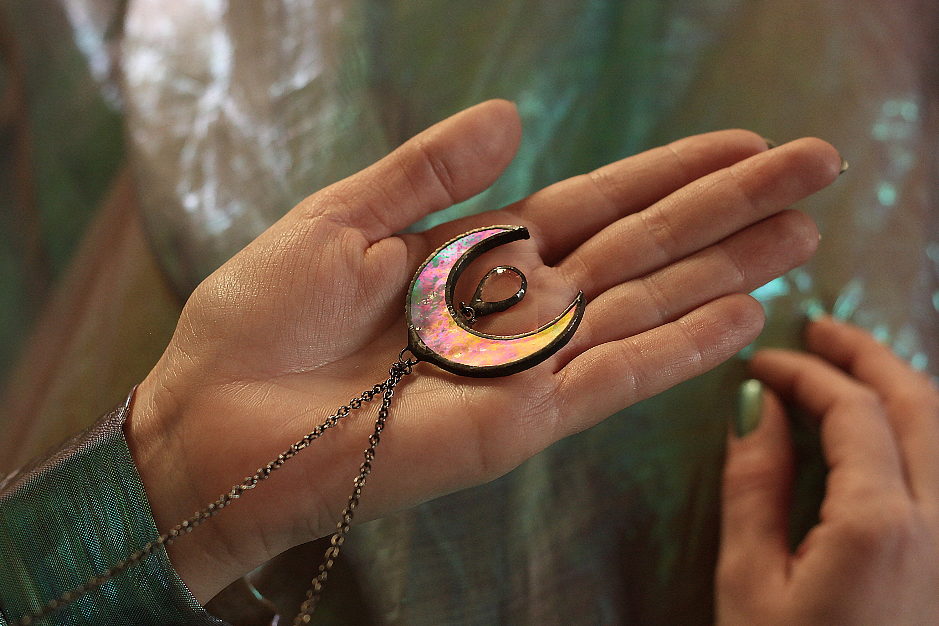 Moon Necklace, Upside Down Moon Necklace, Iridescent jewelry, Large Crescent Moon Necklace, Horn Jewelry, horn necklace, witch pendant