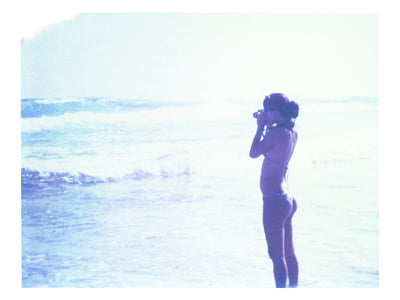 I Photograph Her Photographing The Ocean - She Hit Pause