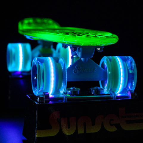 "Blacklight Alien 22"" LED Complete Skateboard"