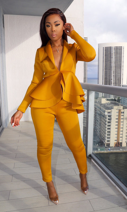 Lady In The Streets A.... Set (Mustard)