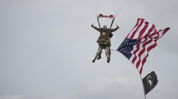D-Day Vets In Their 90s Parachute Into Normandy 75 Years Later