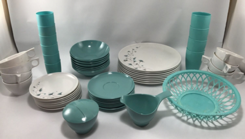 A rare and almost complete Melamine dinnerware set from the 1950s