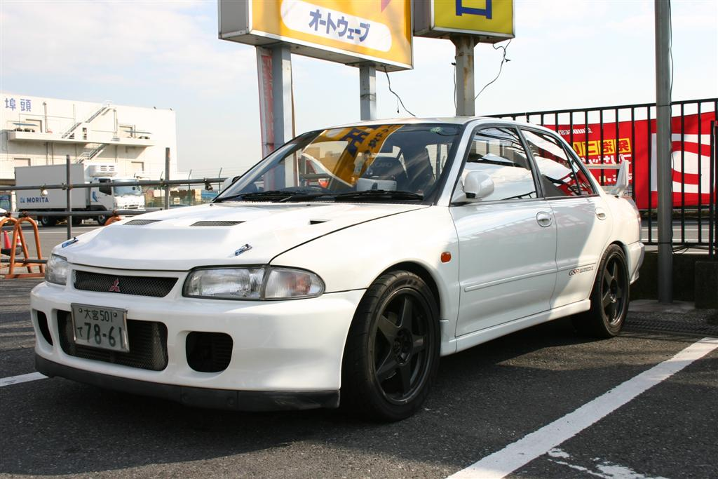 Evo 2 at a used car lot