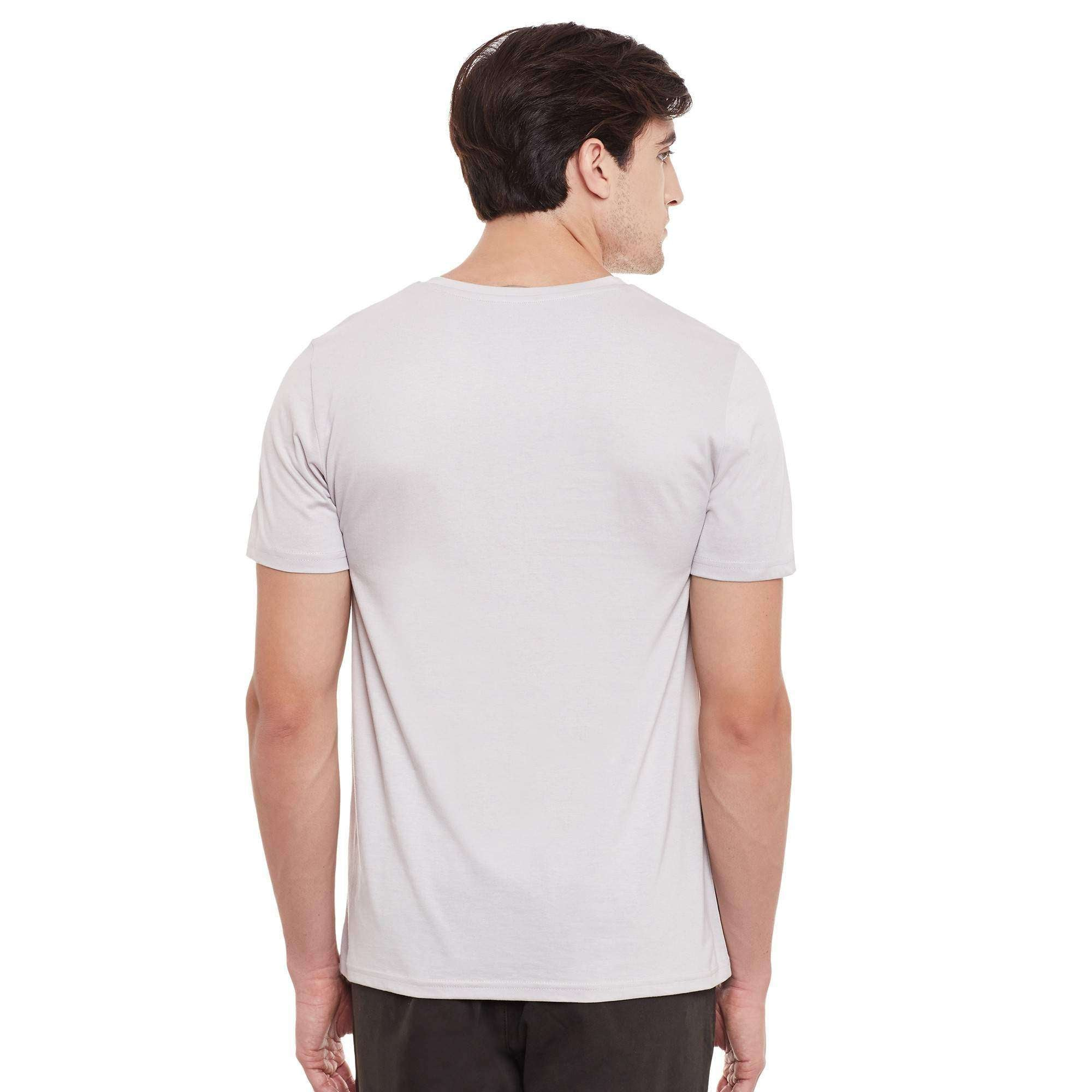 Atorse mens half sleeve t-shirt with v-neck and badges details
