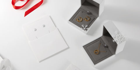 RUIFIER collaborates with Smart Works for limited edition gift boxes