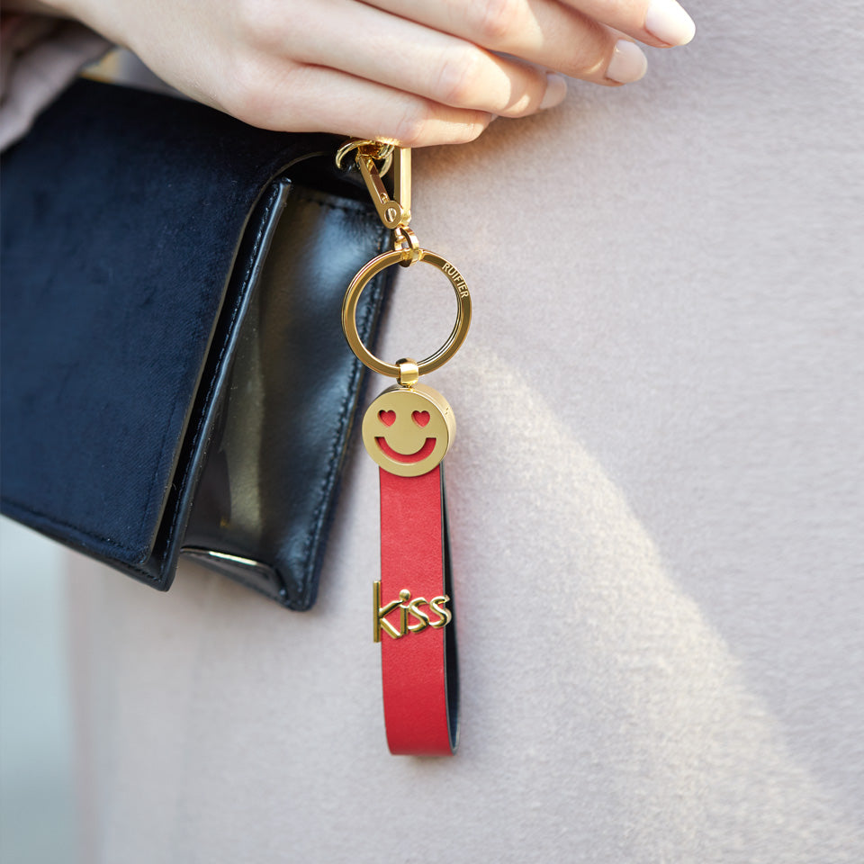 Ruifier kiss and smiley face keychain - Red jVfWZ